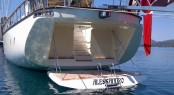 Sailing Yacht ALLESANDRO - Swimplatform with easy access to water