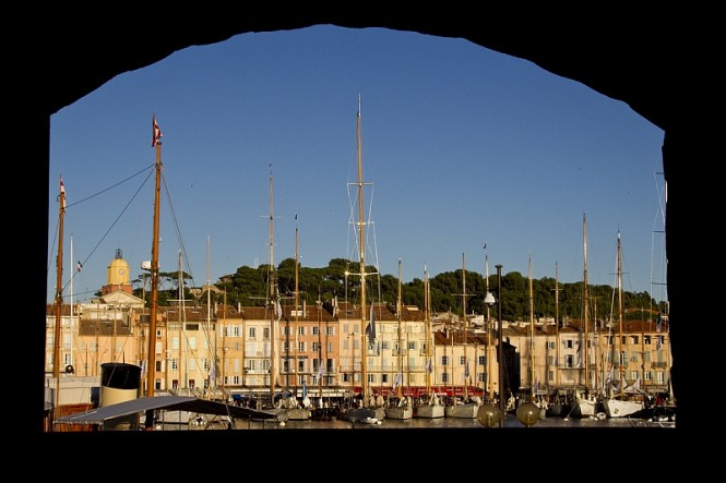 Saint-Tropez Harbour – Photo credit Rolex Carlo Borlenghi