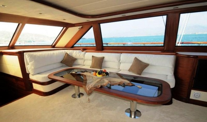 Superyacht ALLESANDRO -  Main Salon 2