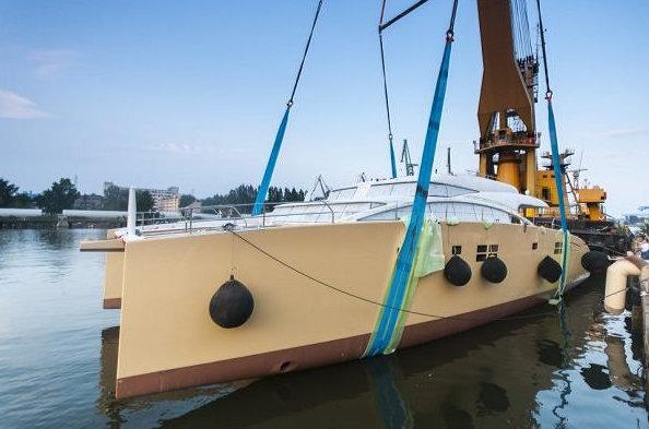 82 DD sailing yacht Houbara by Sunreef Yachts