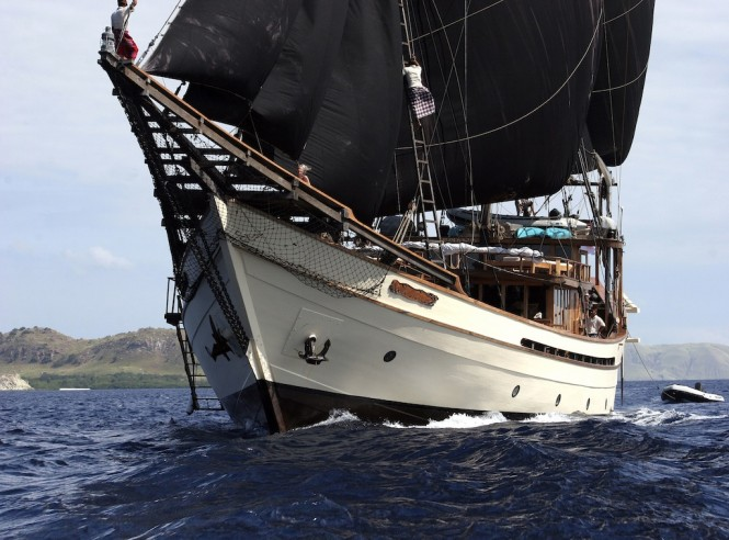 Charter Yacht Silolona - a Traditional Phinisi Vessel