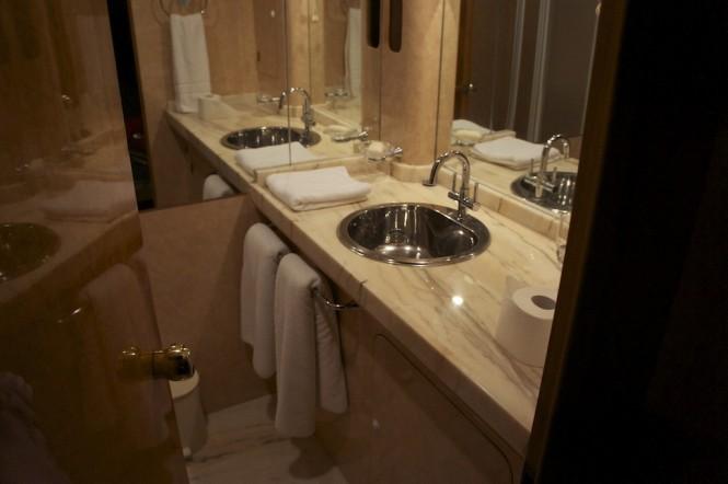 Lady Tatiana of London Superyacht - Bathroom