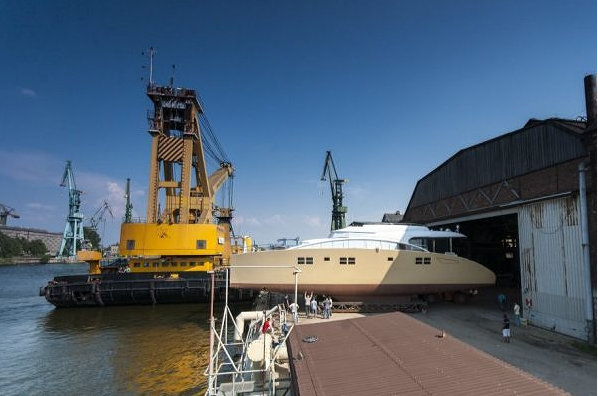 Launch of the Sunreef 82 Double Deck superyacht Houbara