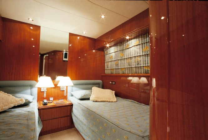 Luxury yacht Amer 86 - Twin Cabin
