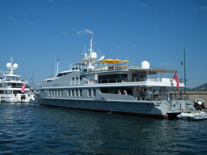 Luxury yacht Obsession in France