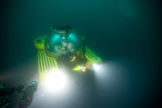 Triton Submarines diving deep in the water