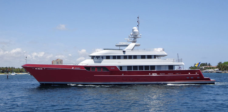 46m luxury motor yacht Mazu by Cheoy Lee on her way to the Rybovich Yard