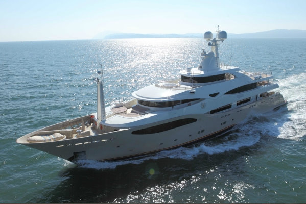 60m superyacht Darlings Danama by CRN Yachts