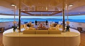 Luxury charter yacht O'MEGA - Main Deck