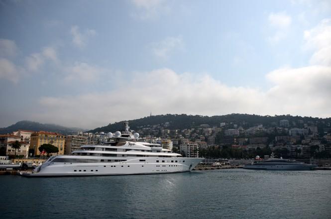 Luxury megayacht Topaz