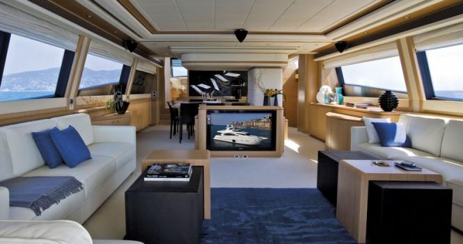 Motor yacht Ferretti 881 RPH - Interior