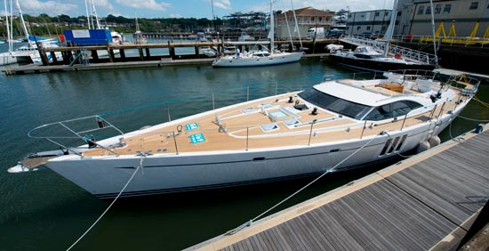 Sailing yacht Oyster 725-01