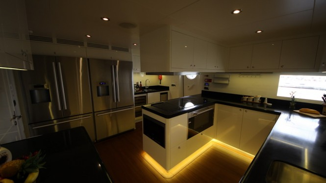 Superyacht M&M - Galley