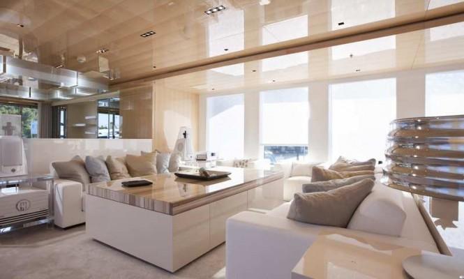 50m motor yacht La Pellegrina - Saloon