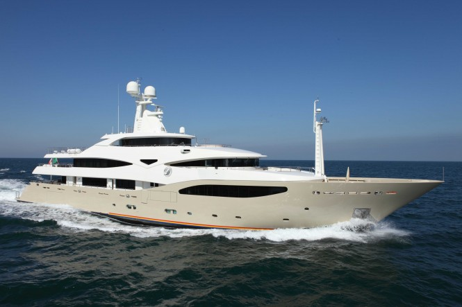 CRN 130 superyacht DARLINGS DANAMA