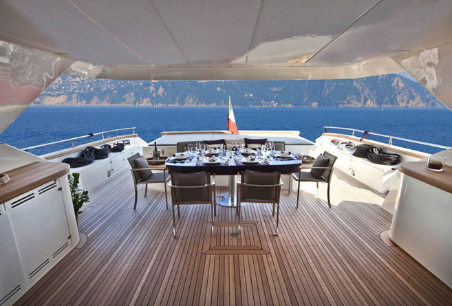 Cerri 102' yacht - Exterior