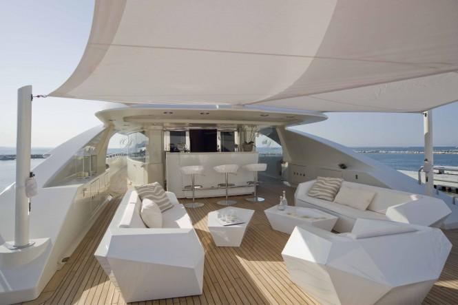 CRN Superyacht DARLINGS DANAMA  - Sun Deck