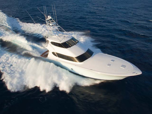 Hatteras 77 Convertible yacht - view from above