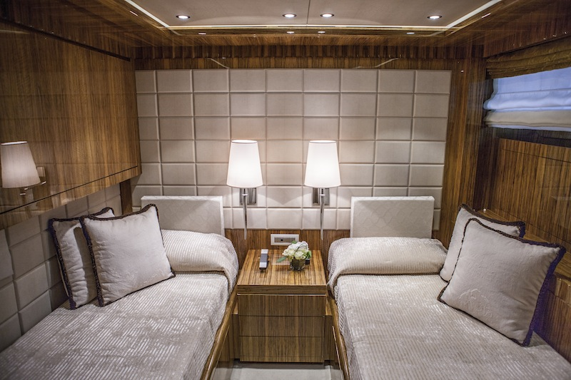 luxury motor yacht okko twin cabin with an extra fold - Fold Down Bed