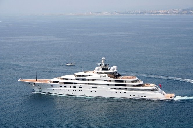 Luxury superyacht topaz in Nice - Photo credit Ian Bugby
