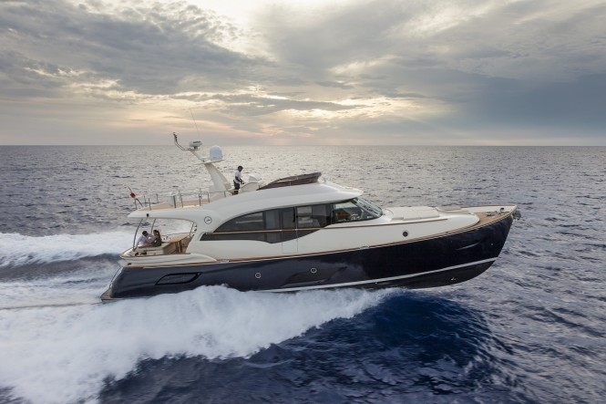 Luxury yacht Dolphin 64 Cruiser by Mochi Craft