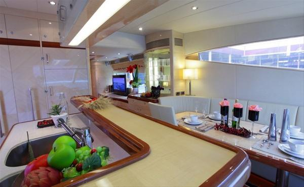 Luxury yacht E70 - Galley