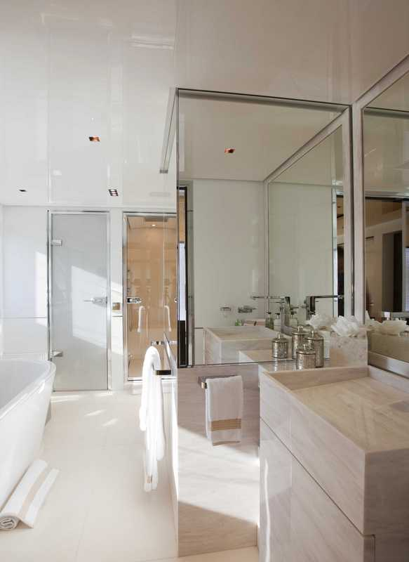 Luxury yacht La Pellegrina - Bathroom