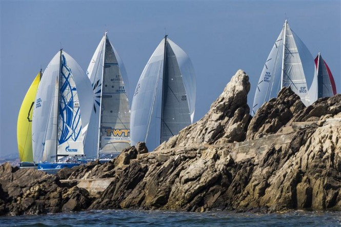 Swan fleet sails along the Costa Smeralda - Photo by RolexCarlo Borlenghi