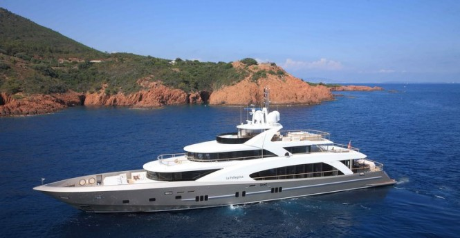 The first 5000 Fly Couach superyacht La Pellegrina