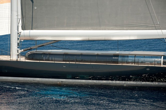 Vitters sailing yacht Aglaia with curved glass in the deckhouse