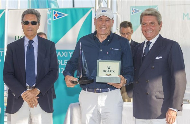 from left- Riccardo Bonadeo, YCCS Commodore, Igor Simcic, owner of ESIMIT EUROPA 2, Gian Riccardo Marini, General Director of Rolex SA - Photo Carlo Borlenghi
