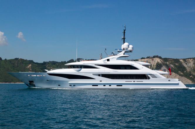 Luxury superyacht Papi du Papi - Photo Credits @ Marc Paris