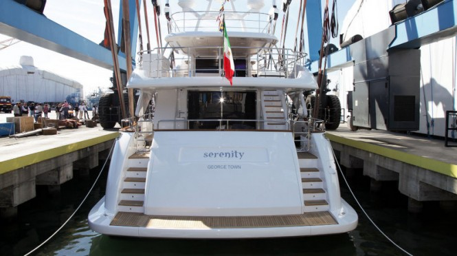 Luxury yacht Serenity by Benetti - rear view
