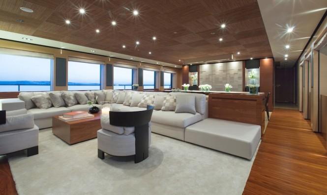 MainSalon-Papi Du Papi yacht - Photo Credits @ Marc Paris