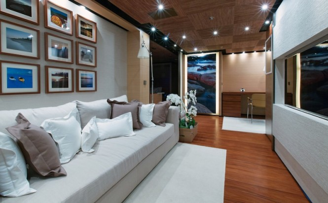 Media Room - Papi Du Papi yacht - Photo Credits @ Marc Paris