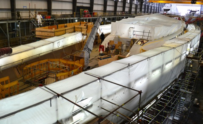 Pendennis working on sailing yacht M5