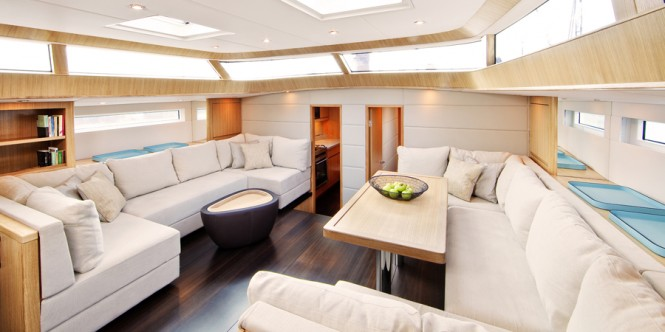 Sailing yacht Contest 72CS - Saloon