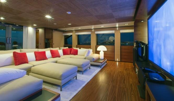 Upper Lounge - Papi du Papi Yacht - Photo Credits @ Marc Paris
