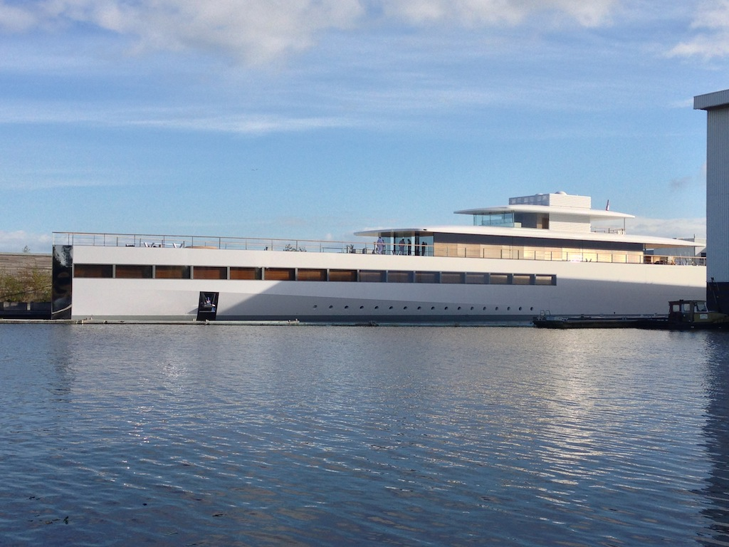 VENUS Yacht Designed By Philippe Starck And Steve Jobs Built At Feadship Photo Courtesy Of OneMoreThingnl
