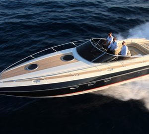 US debut for Hunton Powerboats at the 2013 Miami Boat Show