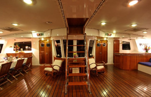 138ft catamaran yacht Douce France - Interior