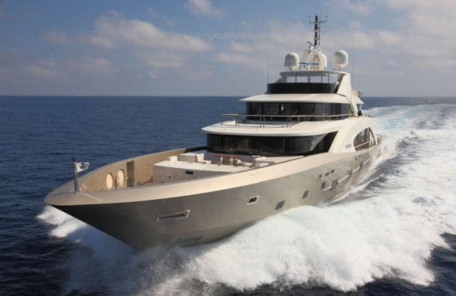 Couach 5000 Fly motor yacht La Pellegrina featuring propulsion system by Ship Motion Group - Photo courtesy of Coauch Yachts