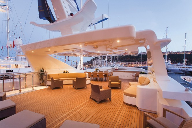 Luxury charter yacht Princess Iolanthe built by Mondo Marine