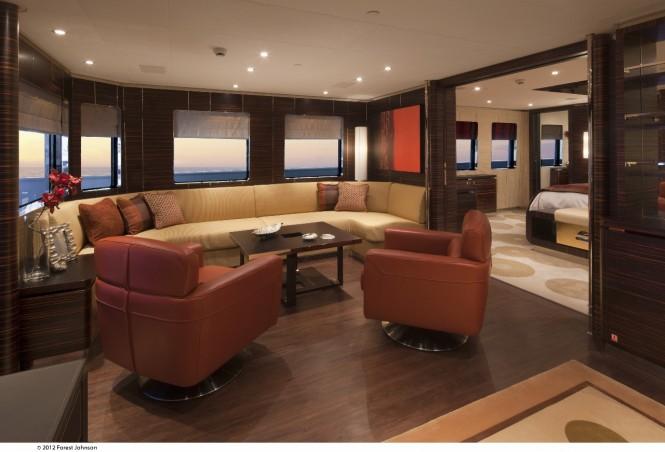 Motor yacht Mazu - Owners Lounge