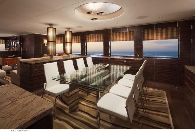 Motor yacht Mazu - Salon Dining