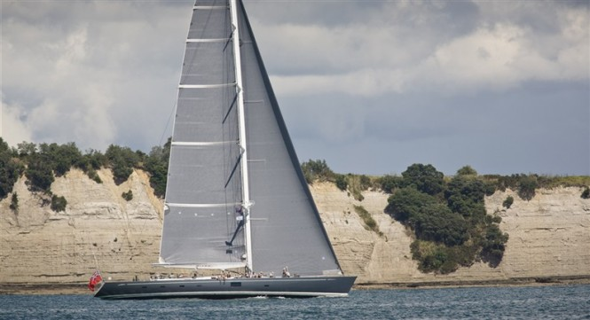 Silvertip superyacht - Photo by Dubois Naval Architects
