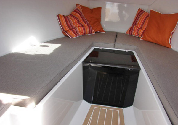 Smalland Tempo yacht tender - Interior