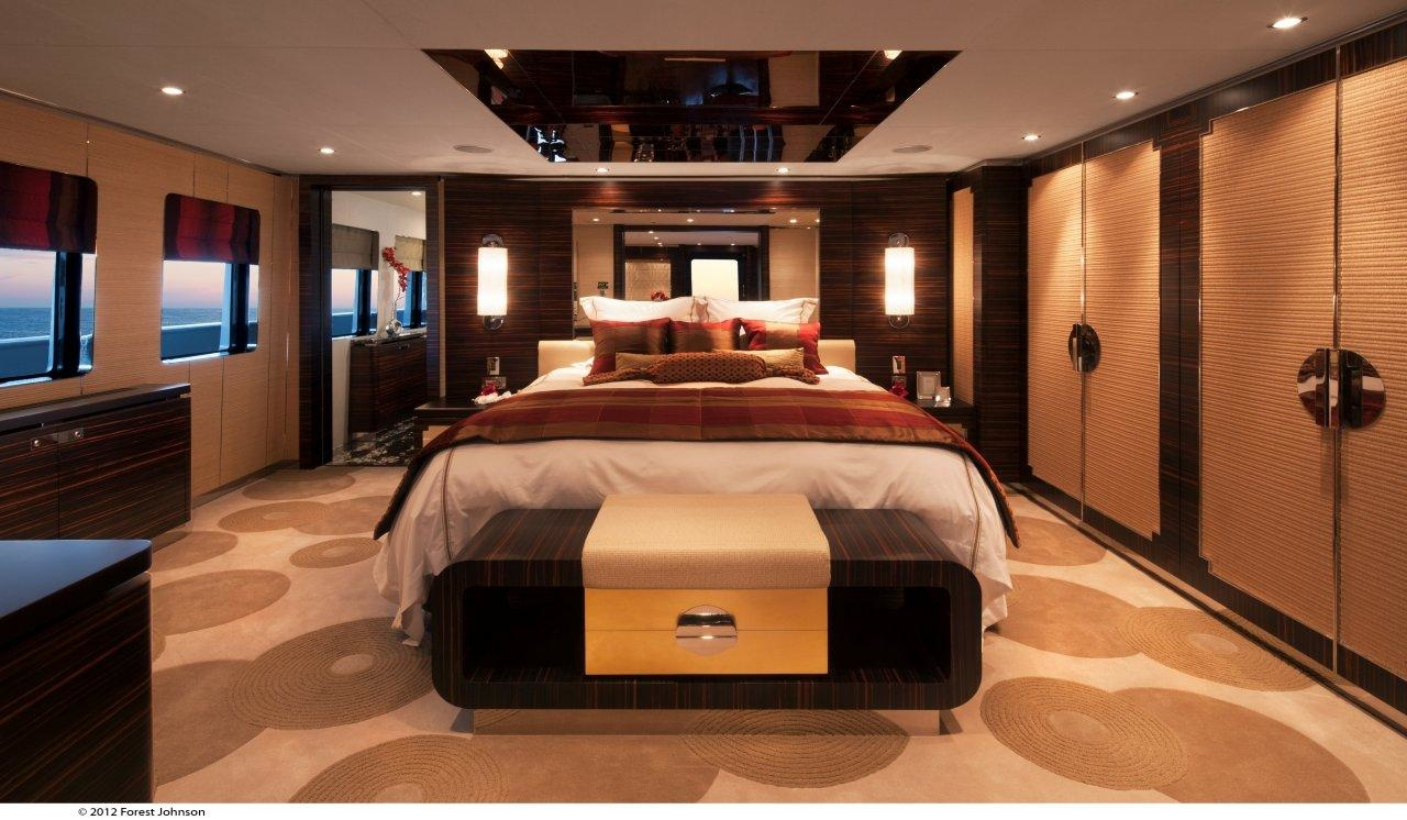 Superyacht Mazu Ex Marco Polo II Owners Bedroom