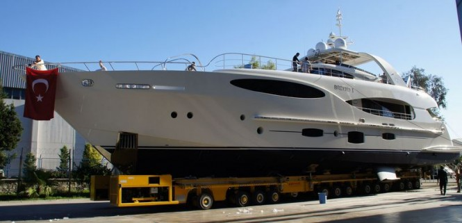 Vicem Vulcan 32 metre RPH superyacht Bronko I at launch
