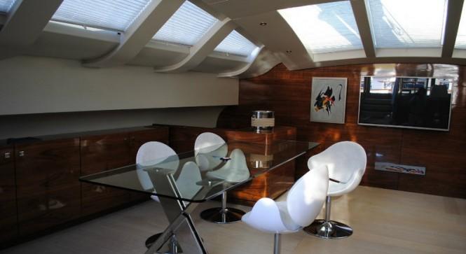 35m sailing yacht Music - Interior